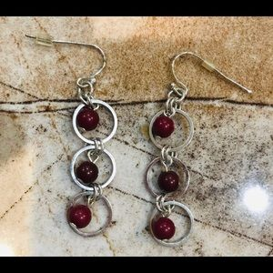 Jewelry - Maroon & silver hanging Earrings